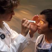 子供 視力低下 視力異常 健康診断 治療
